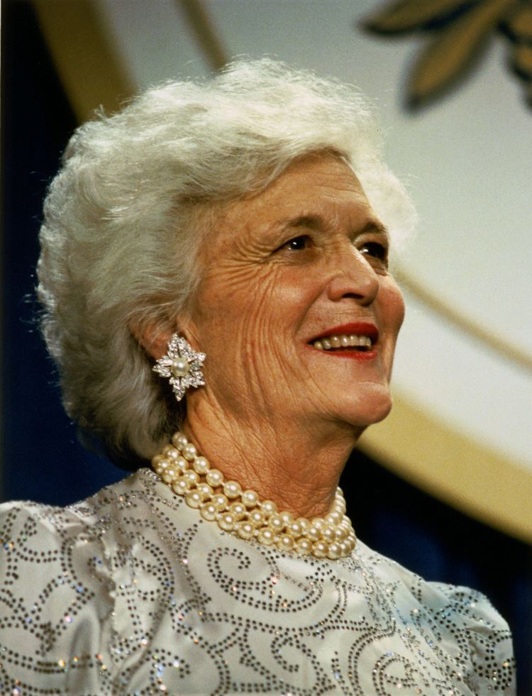 Barbara Bush httpsuploadwikimediaorgwikipediacommonsaa