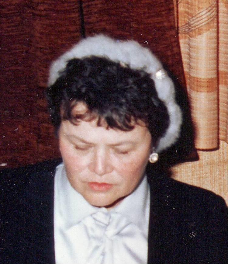 Barbara Elefant-Raiskin httpsuploadwikimediaorgwikipediacommons88