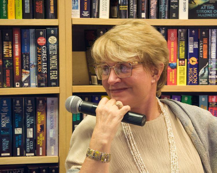 Barbara G. Peters httpsuploadwikimediaorgwikipediacommons77