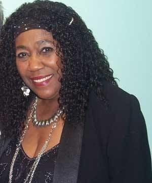 Barbara Harris (singer) sim01incom16b1fc7c19b35ff5da2178883d4f36c2mjpg