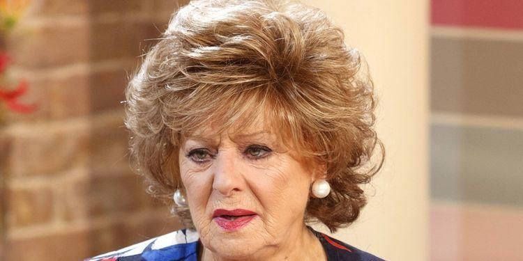 Barbara Knox Coronation Street Live Episode Hit By More Drama As Rita Sullivan