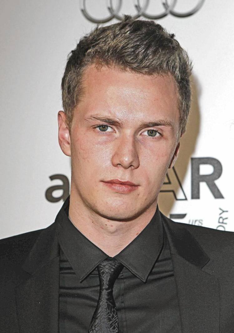 Barron Hilton No room in US after a Hilton hit NY Daily News