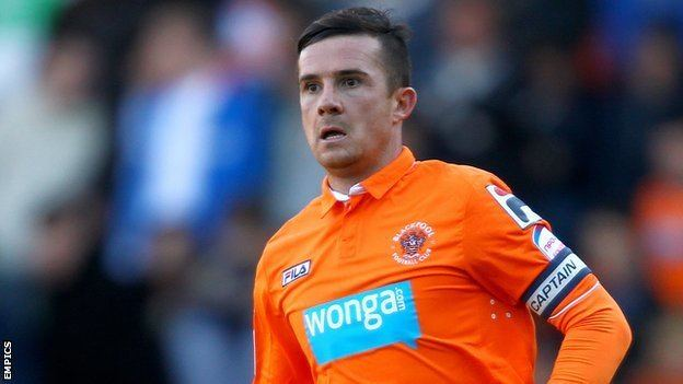 Barry Ferguson BBC Sport Blackpool39s Barry Ferguson joins Fleetwood