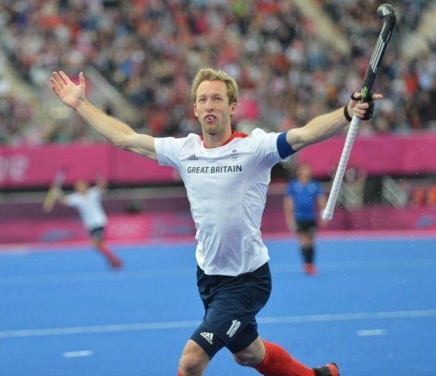Barry Middleton Barry Middleton leads the charge as GB hockey team sink