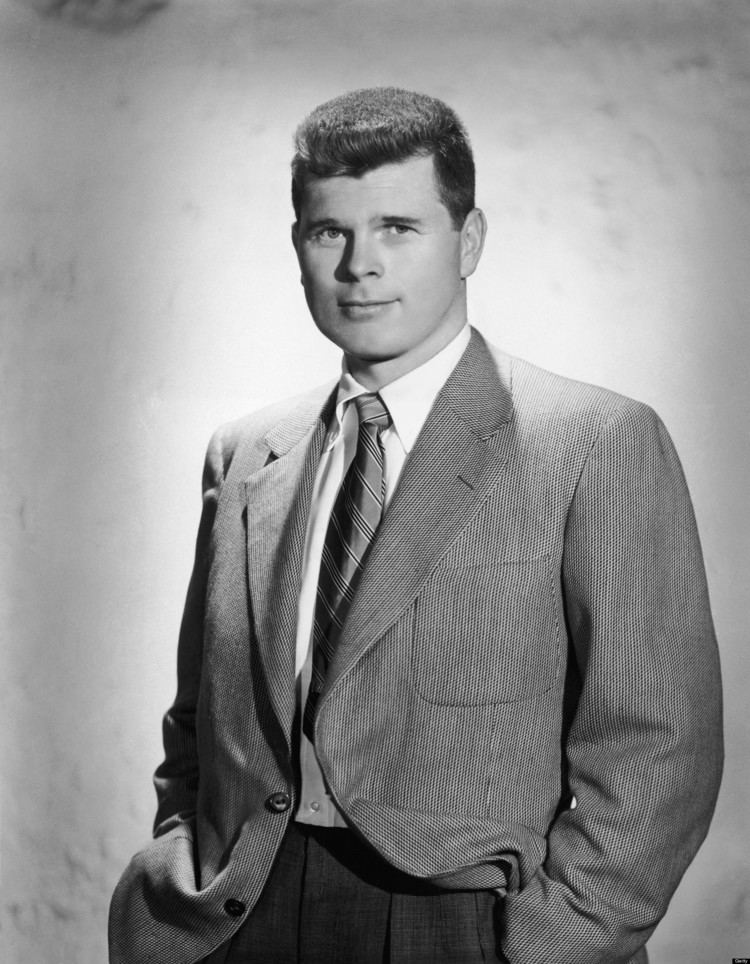 Barry Nelson Barry Nelson American Actor Was the Very First 007 Dr