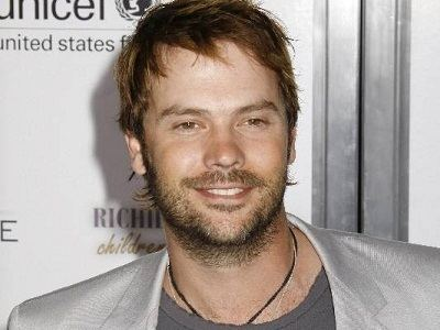 Barry Watson (actor) News Barry Watson to play Serena39s new love interest on