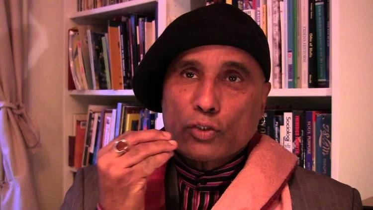Bashy Quraishy Bashy Quraishy on discrimination of religious groups by movements