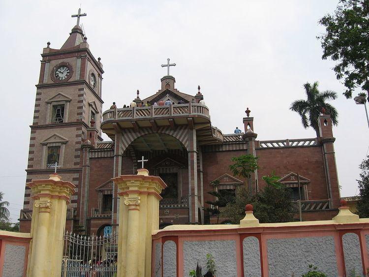 Basilica of the Holy Rosary, Bandel