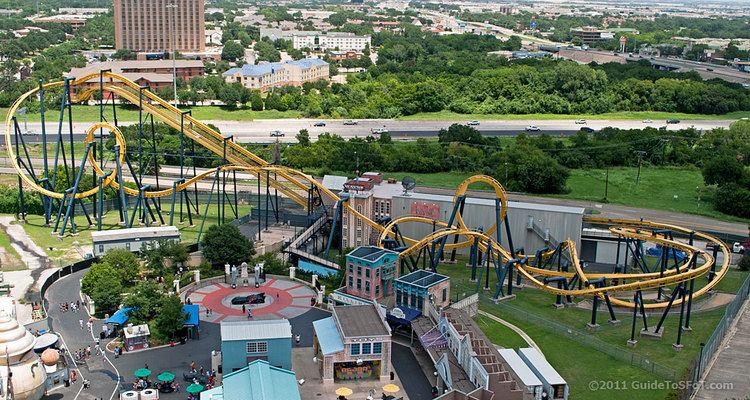 Batman: The Ride Batman the Ride Roller Coaster Guide to Six Flags over Texas