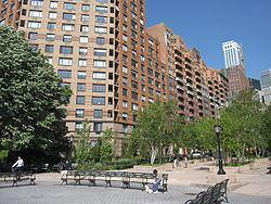 Battery Park City httpsuploadwikimediaorgwikipediacommonsthu