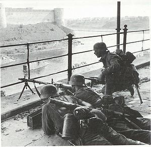 Battle of Narva (1944) httpsuploadwikimediaorgwikipediacommonsthu