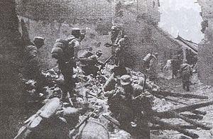 Battle of Taierzhuang httpsuploadwikimediaorgwikipediacommonsthu