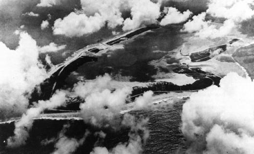 Battle of Wake Island httpswwwibiblioorghyperwarUSMCimgUSMCCW