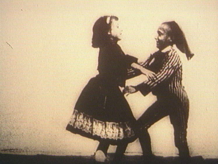 Bauerntanz zweier Kinder Bauerntanz Zweier Kinder 1895 Century Film Project