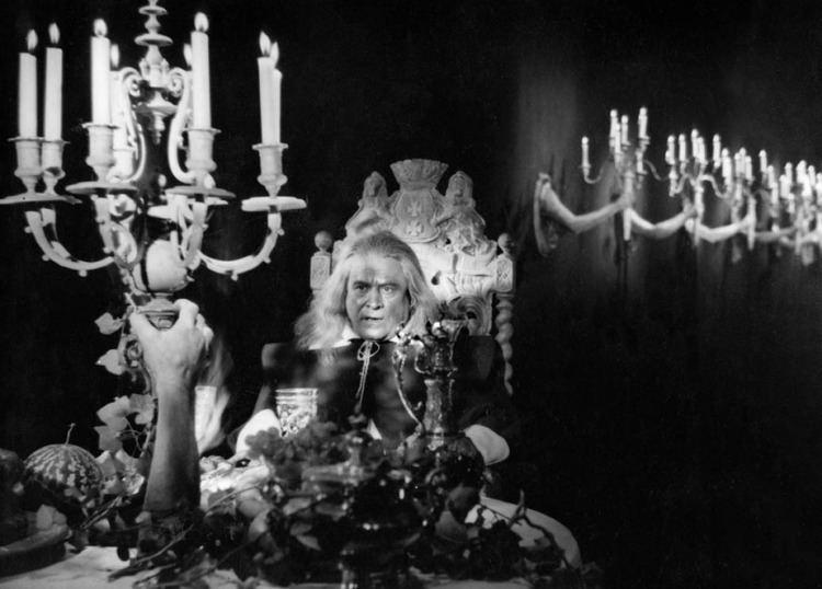 Beauty and the Beast (1946 film) La Belle et La Bete An unreformed Goth at heart Pinterest Jean