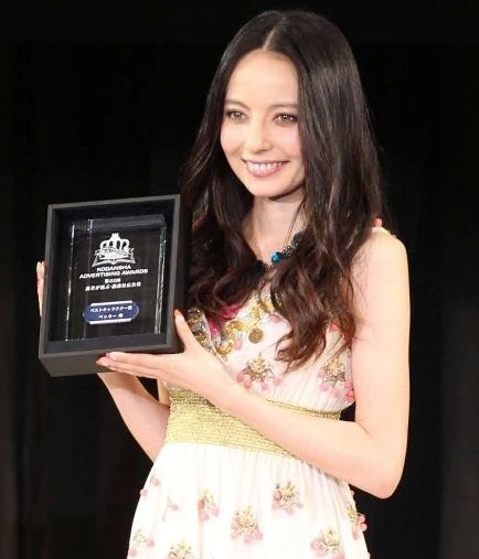 Becky (television personality) Becky wins Best Character Award 2011 TenkaijapanCool