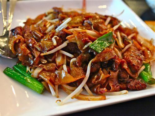 Beef chow fun Lunch Today Beef Chow Fun at Red Egg Serious Eats