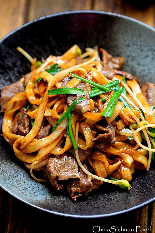 Beef chow fun Beef Chow Fun NoodlesPanFried Ho Fun China Sichuan Food