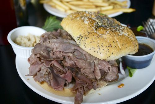 Beef on weck A Sandwich A Day Beef on Weck from Bonnie39s Grill Serious Eats