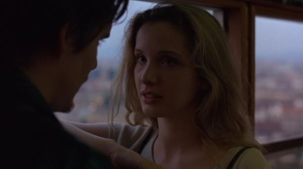 Before Sunrise movie scenes These two begin what I consider to be one of the greatest romances ever put onto celluloid What follows their initial meeting is a one night romance that