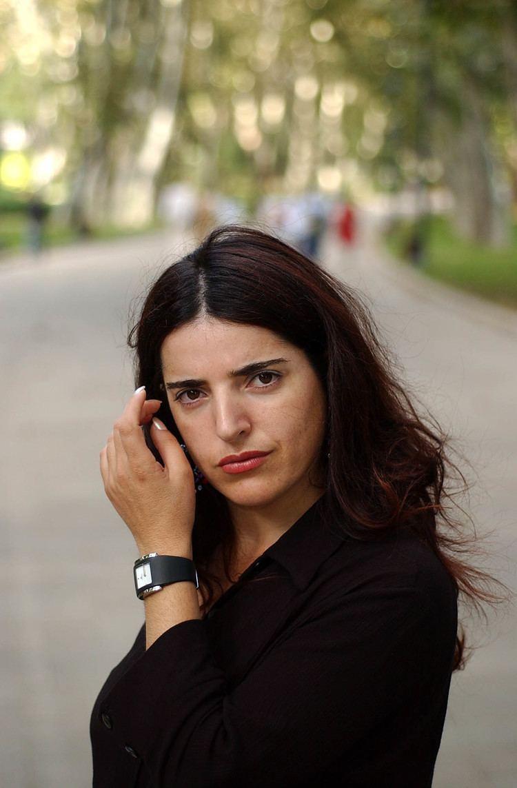 Bejan Matur Classify these 8 Kurdish People Please