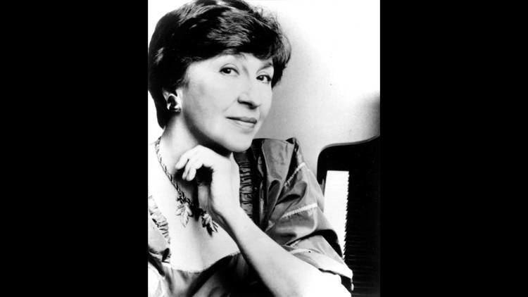 Bella Davidovich Chopin Piano Concerto No 2 in F minor Op 21 Bella Davidovich