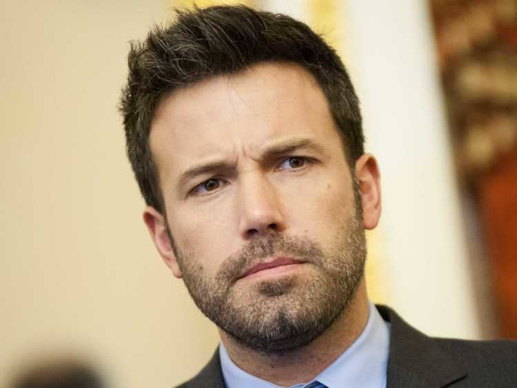 Ben Affleck Lexus Joins In On Ben Affleck Batman Bashing On Twitter