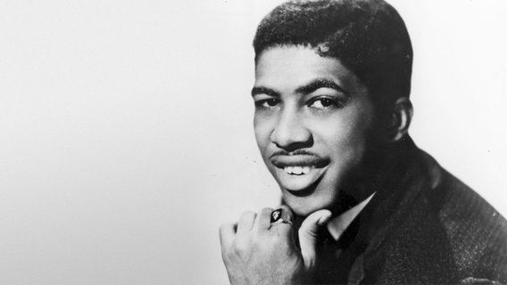 Ben E. King Ben E King dead at 76 quotStand by myquot singer