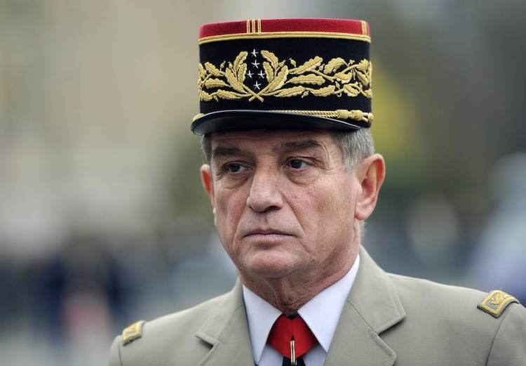 Benoît Puga The French fivestar general who has 39bewitched39 President Hollande