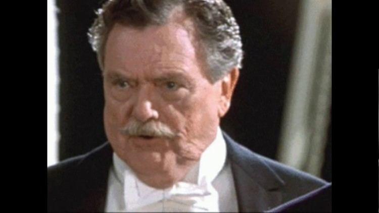 Bernard Fox (actor) Bernard Fox Bewitched and Titanic Actor Dies at 89 YouTube