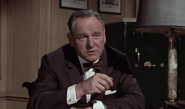 Bernard Lee Bernard Lee The Suits of James Bond