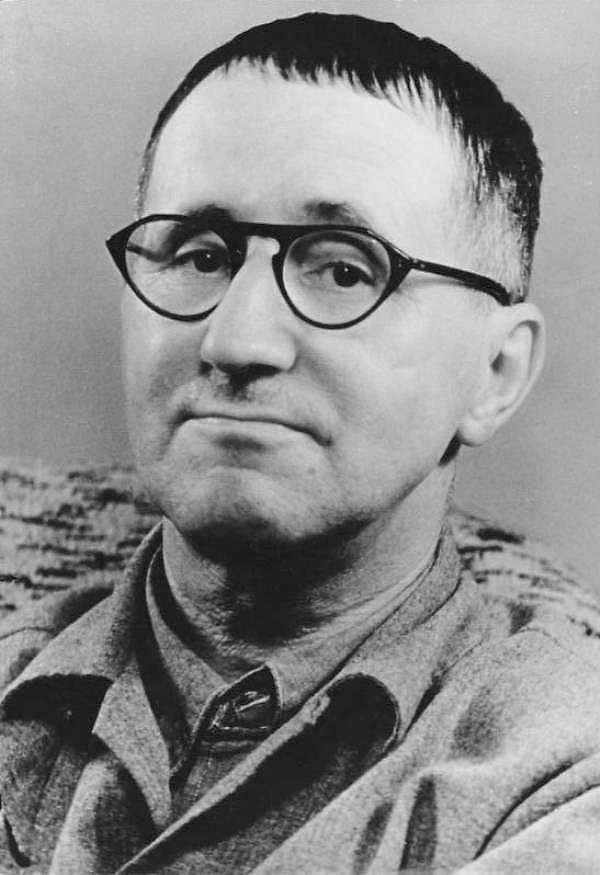 Bertolt Brecht httpsuploadwikimediaorgwikipediacommons77