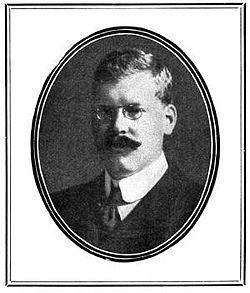 Bertram Fletcher Robinson httpsuploadwikimediaorgwikipediaenthumbf