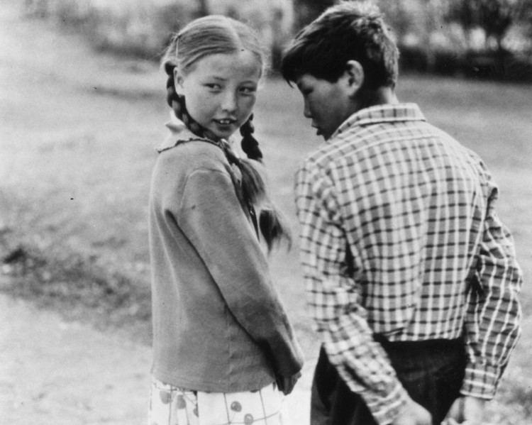Beshkempir Beshkempir 1998 starring Mirlan Abdykalykov