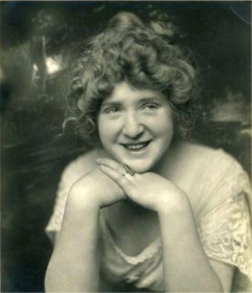 Bess Meredyth httpsuploadwikimediaorgwikipediacommons33