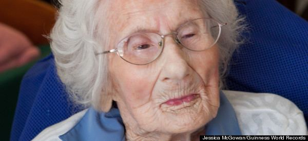 Besse Cooper Besse Cooper World39s Oldest Living Person Celebrates