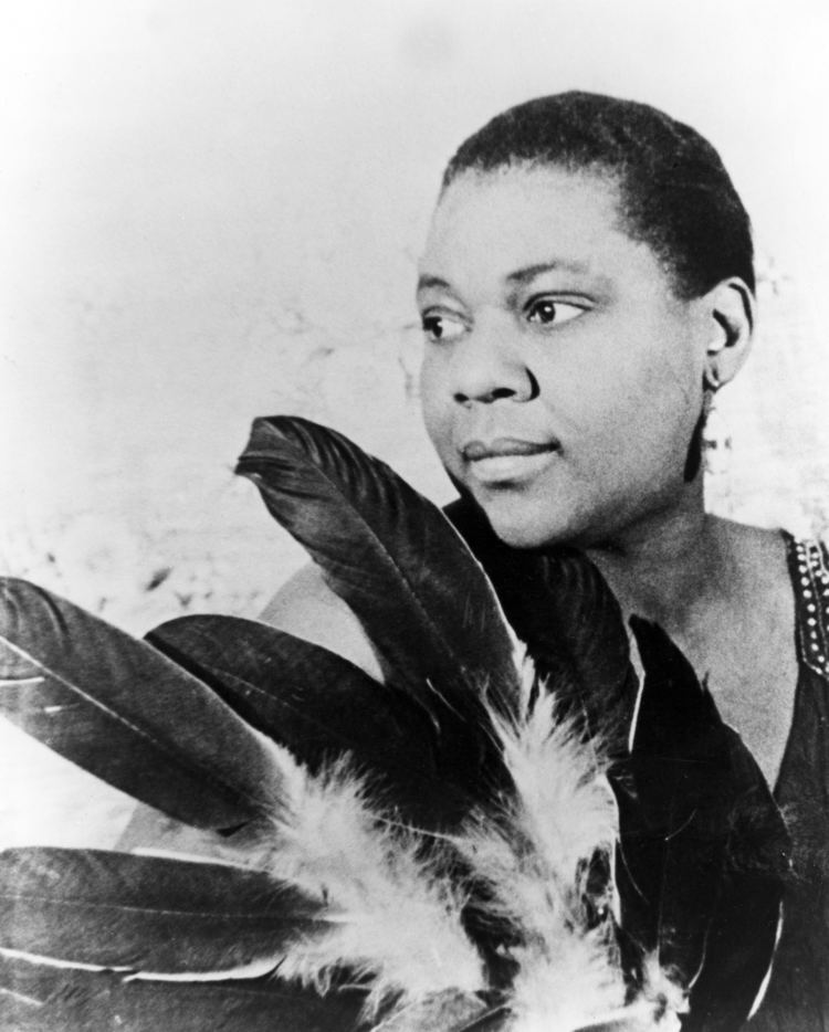 Bessie Smith Dee Rees Will Direct Queen Latifah In Bessie Smith Biopic