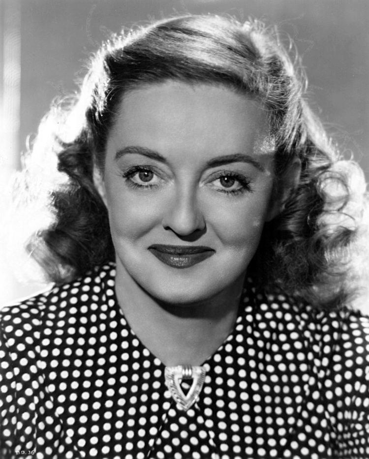 Bette Davis httpsuploadwikimediaorgwikipediacommons33