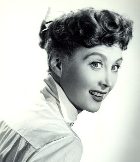 Betty Garrett Betty Garrett was an American actress comedienne singer and dancer