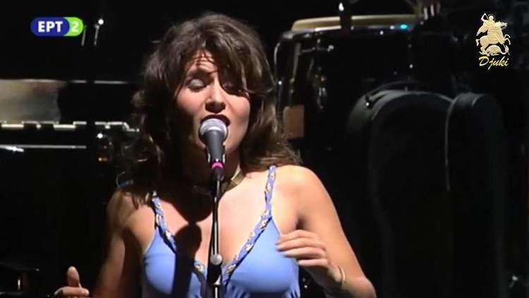Betty Harlafti To pallikari echei kaimo Betty Harlafti Live 2015 YouTube