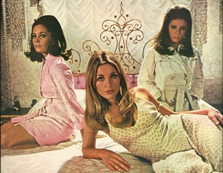 Beyond the Valley of the Dolls movie scenes 1960scampiestmovies