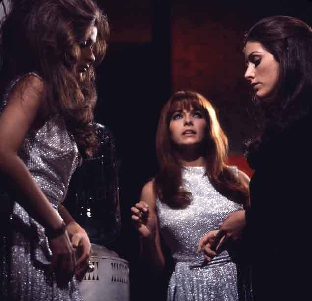 Beyond the Valley of the Dolls movie scenes Femin ma