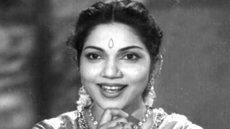 Bhanumathi Ramakrishna Aggi Ramudu Songs Evaru Ra Nevevaru Ra N T Rama Rao