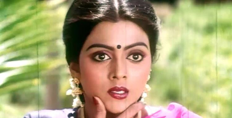 Bhanupriya Do You Remember Actress Bhanupriya This Is How She Looks Now JFW