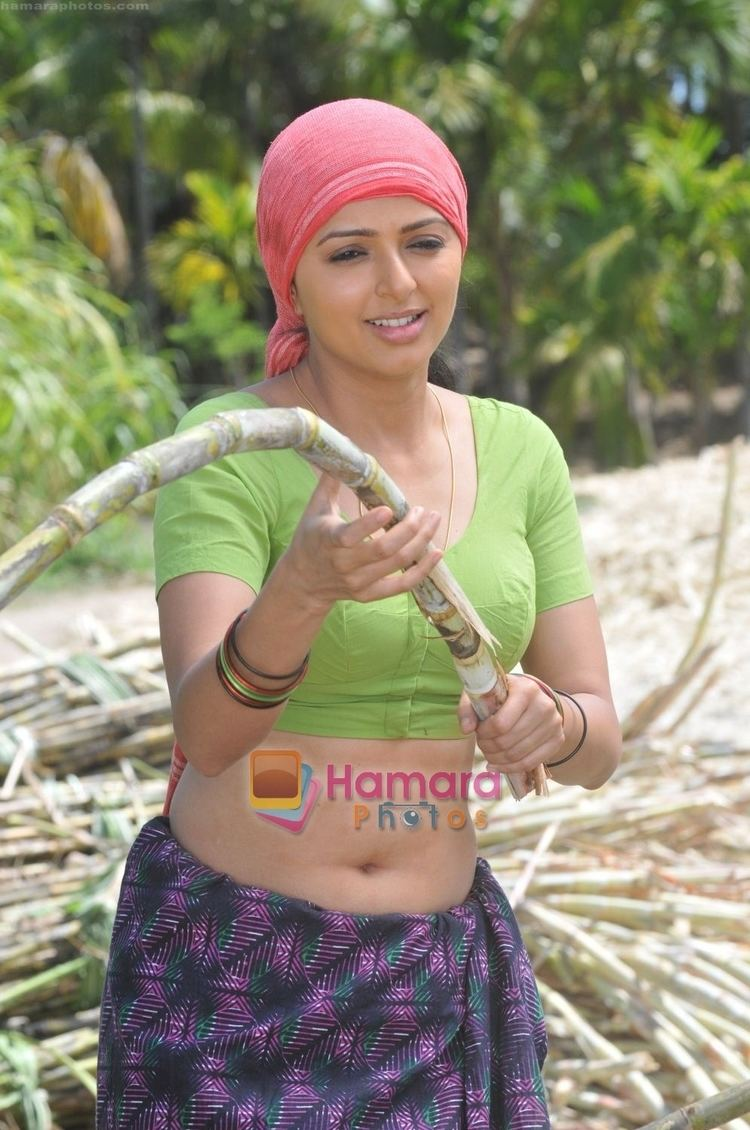 Bhramaram Bhumika Chawla in the Still from movie Bhramaram Bhumika Chawla