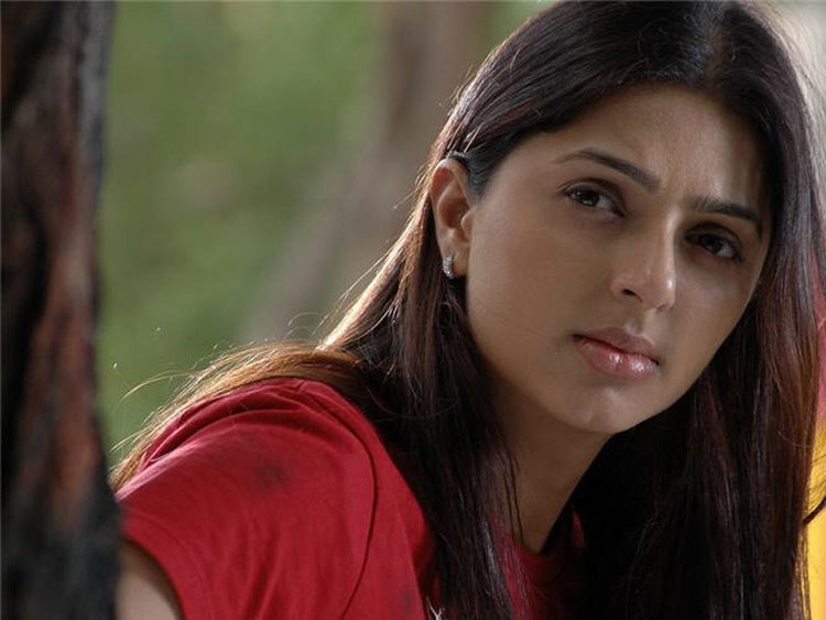 Bhumika Chawla Bhoomika Chawla Bollywood Actress Wallpapers Download FREE