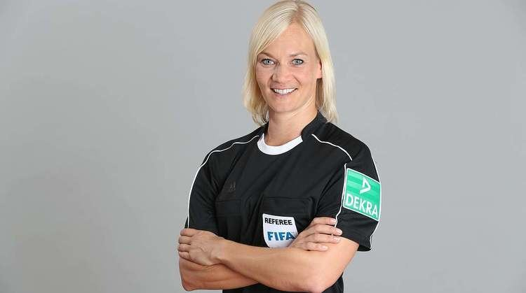 Bibiana Steinhaus German female referee and policeofficer Bibiana Steinhaus has