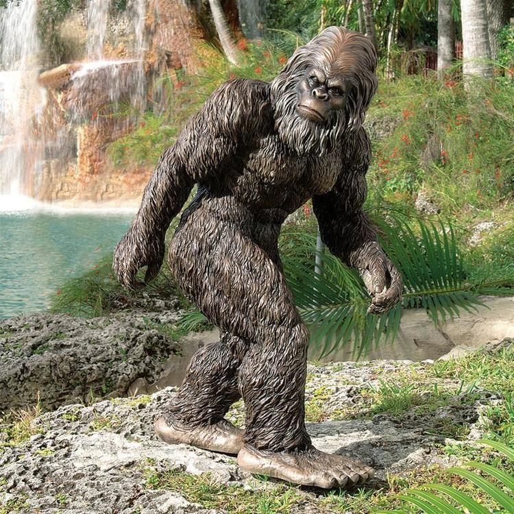 Bigfoot Bigfoot the Garden Yeti Sculpture DB383049 Design Toscano