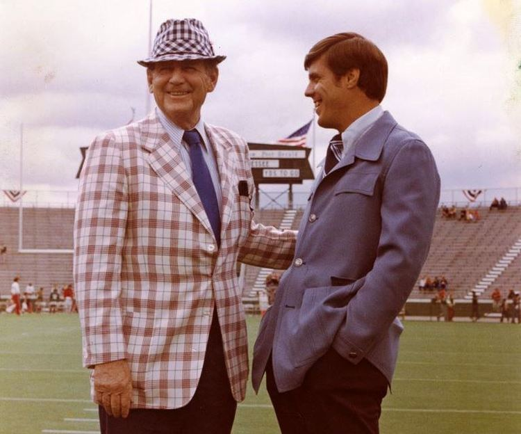 Bill Battle As a young coach Bill Battle was ahead of his time ALcom