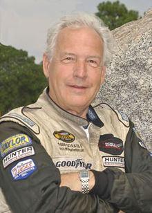 Bill Bussey (balloonist) httpsuploadwikimediaorgwikipediaenthumb7
